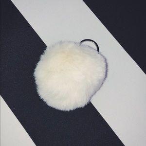 🍨 Pom Pom Keychain in Cream